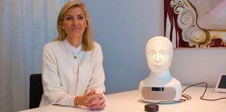 """Elin Öberg Mårtenzon (TNG): """"Met social interview robot Tengai de strijd aangaan tegen bias in recruitment"""""""