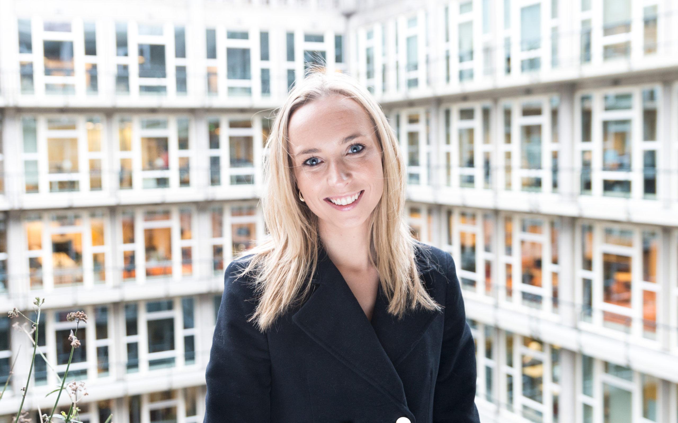 Saskia van Dam, OTYS