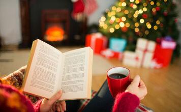 Leesvoer voor bij de kerstboom: dit mag je in 2020 niet gemist hebben
